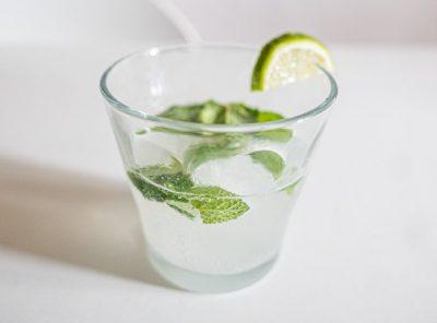 Keto Mojito - A Low Carb Cocktail