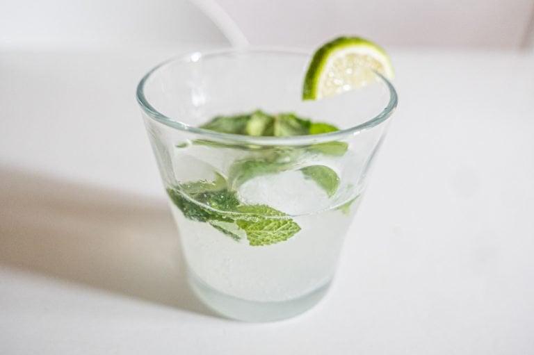 Keto Mojito – A Low Carb Cocktail