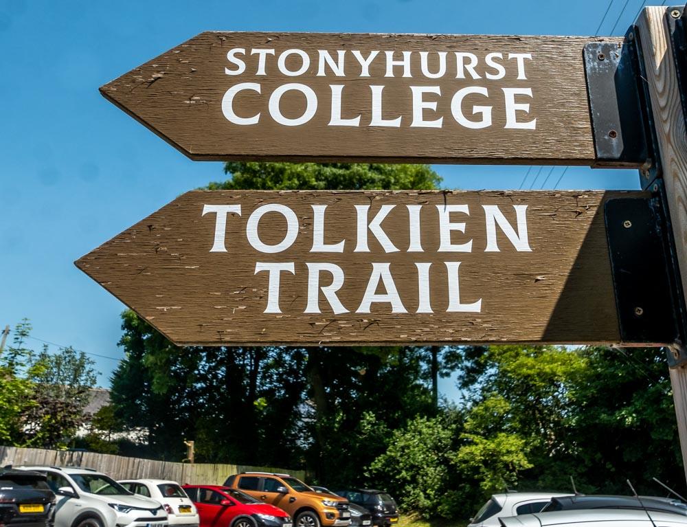 tolkien trail sign