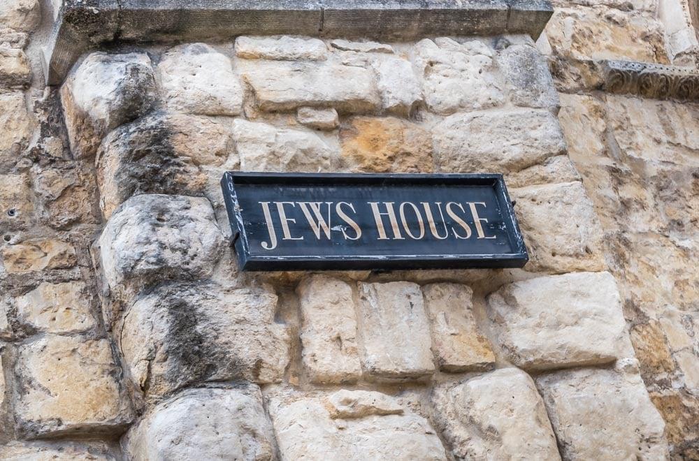 Jews House sign