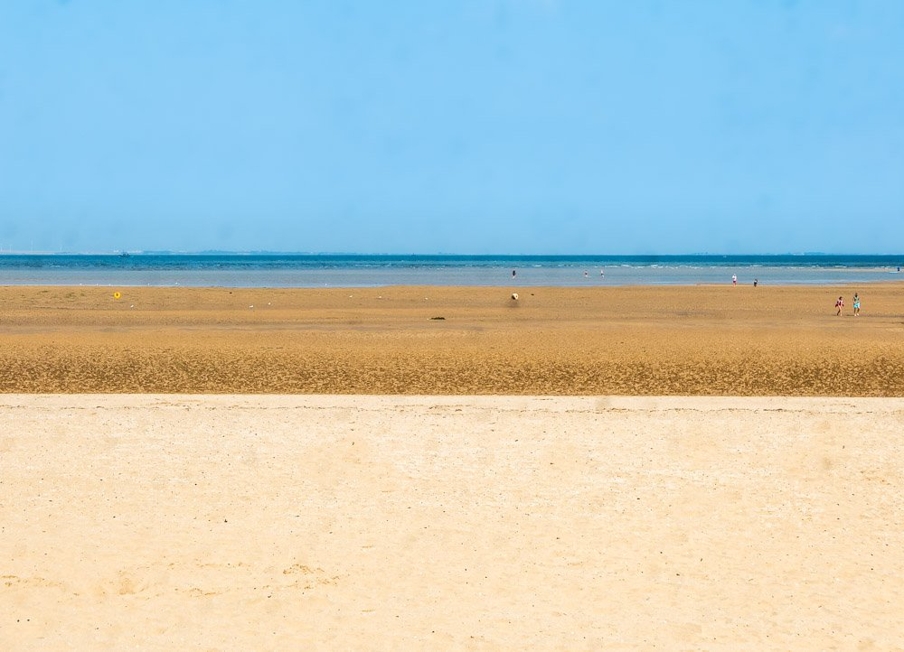 golden sands at the fitties
