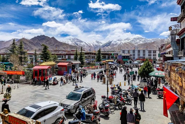 Lhasa, Tibet – City on the Roof of the World