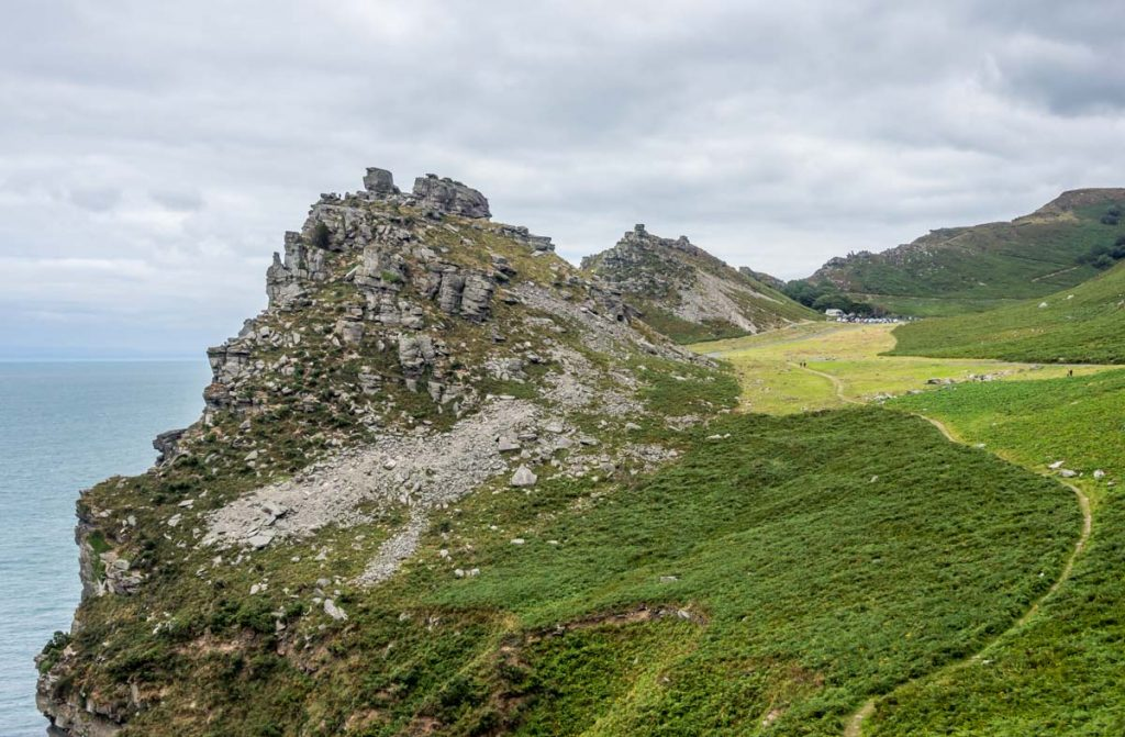 looking up valley of rocks
