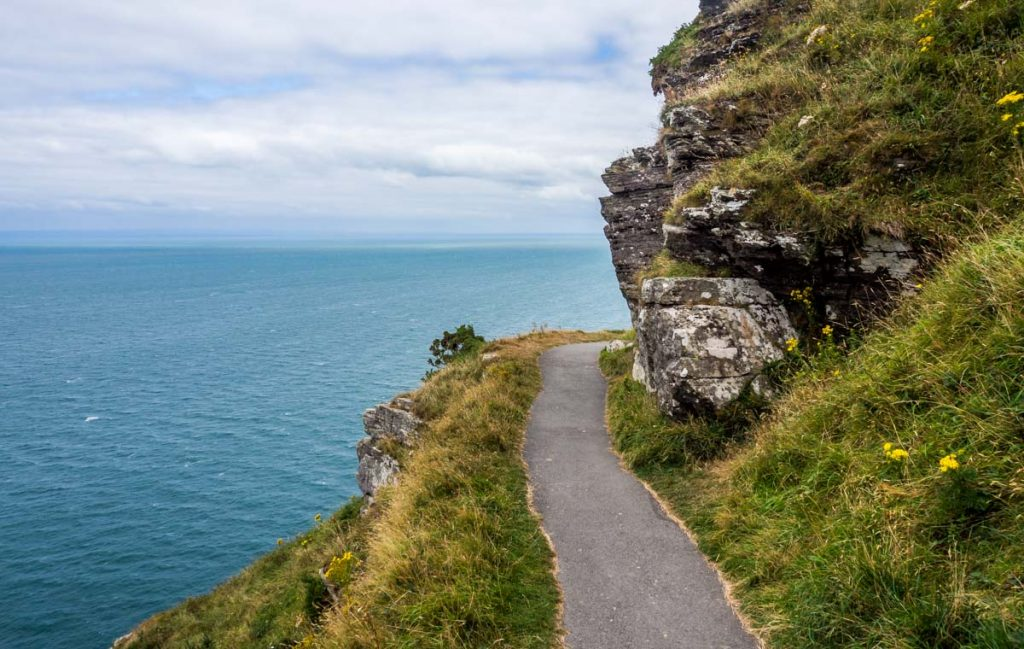 valley of rocks path