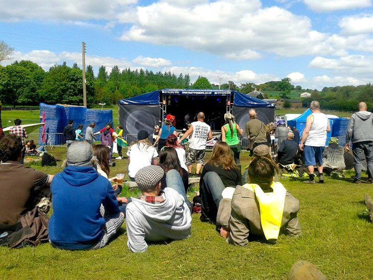 Hogsozzle: The perfect Glasto warm-up – Sun, music and hog