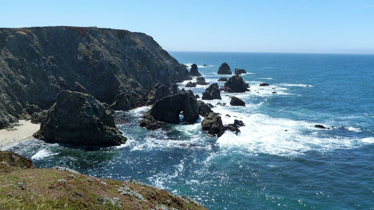 4.-From-a-distance-the-rock-with-the-hole-in-the-middle California – A Trip Out To Bodega Bay