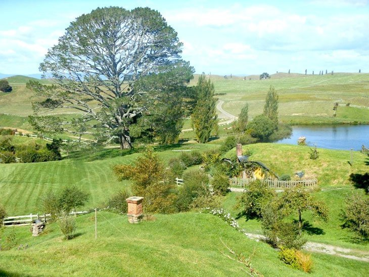 42 Hobbiton – A Very Real Idyll