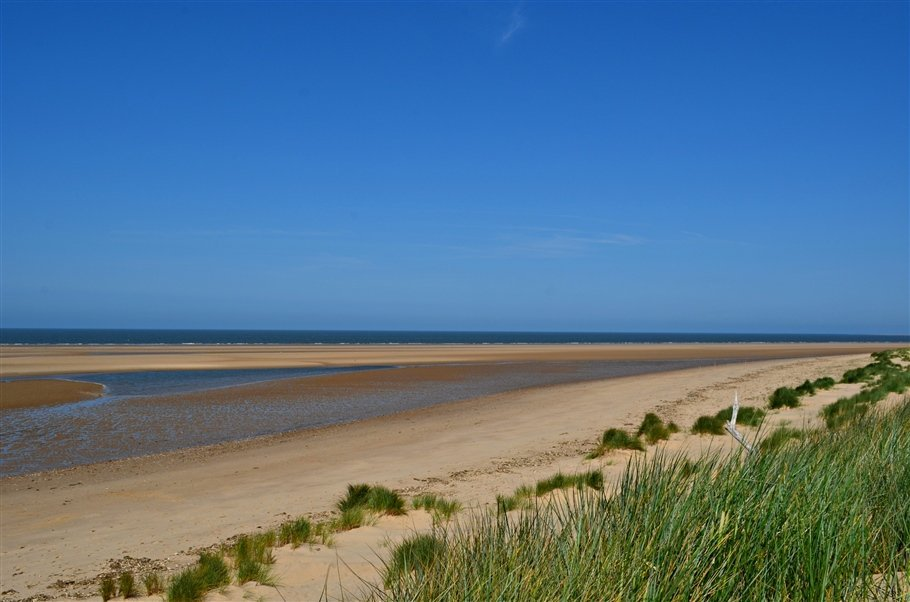 8. Expanse of quiet beach- norfolk