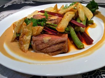 Teriyaki Beef with Beetroot and Beans