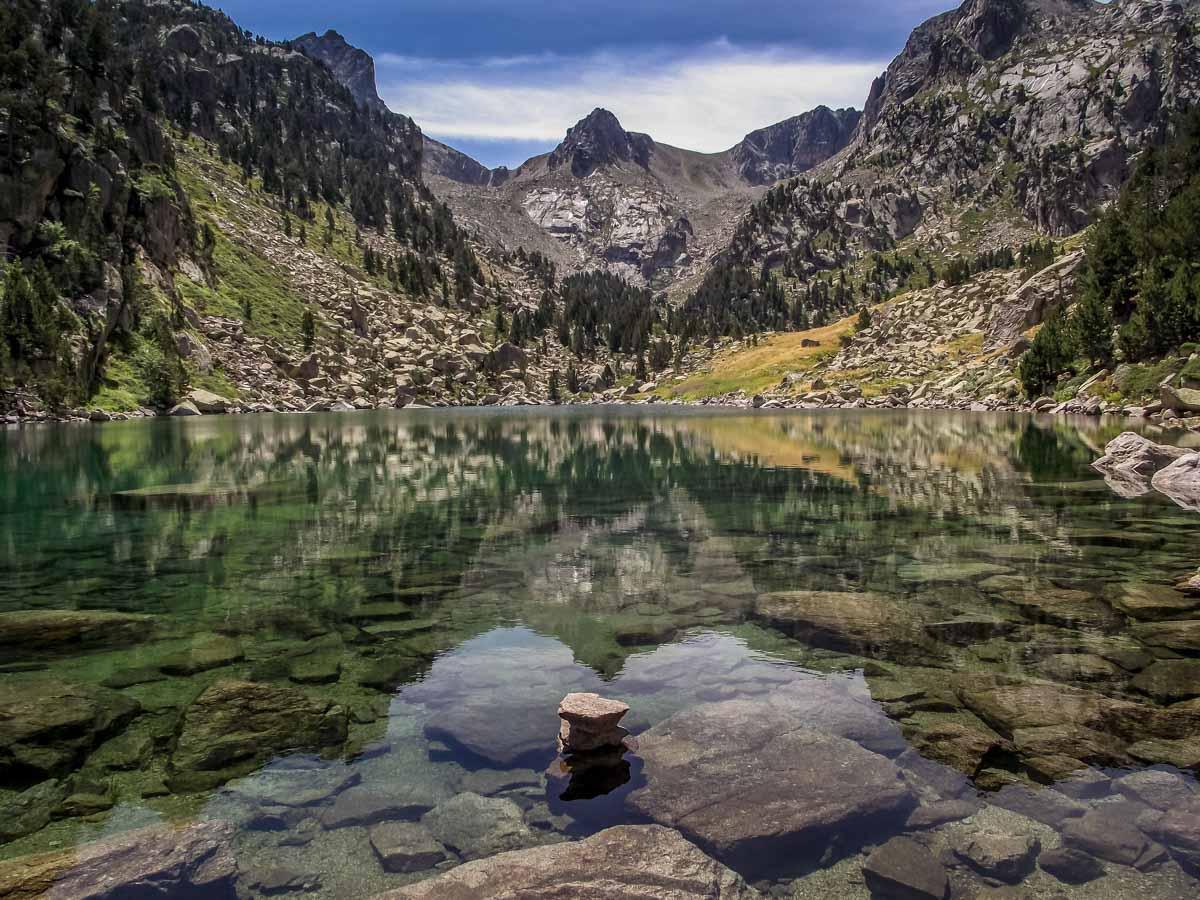 Catalunya-10 Walking in Aigüestortes i Estany de Sant Maurici National Park
