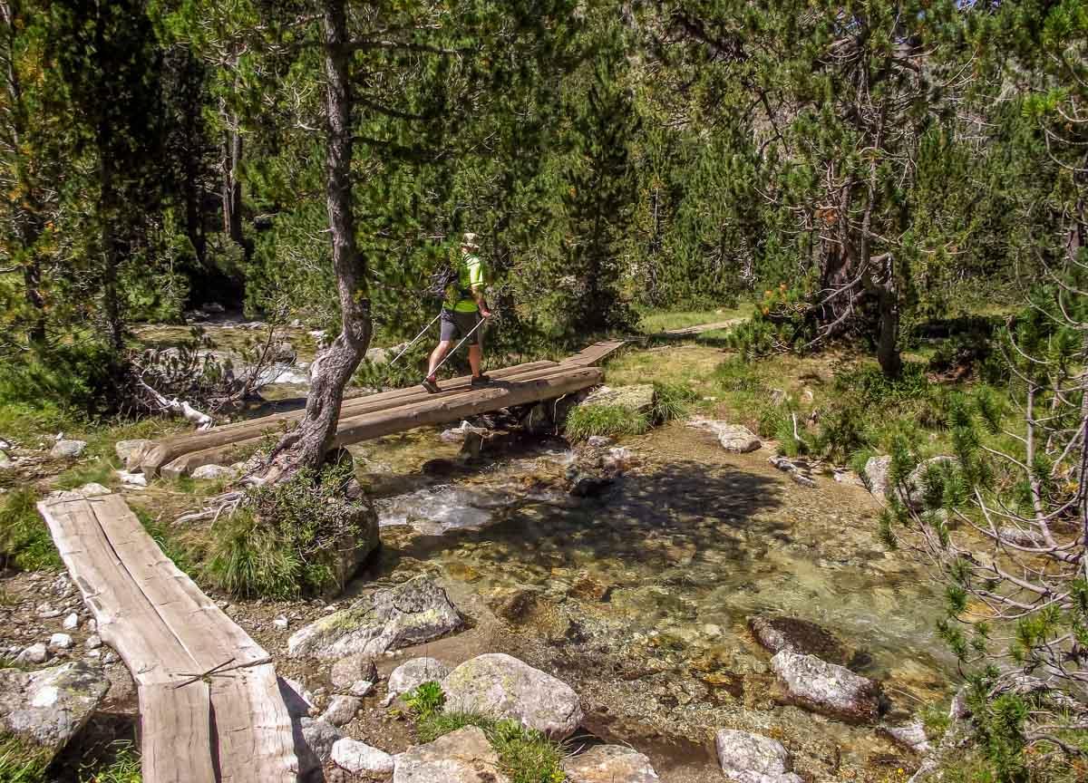 Catalunya-11 Walking in Aigüestortes i Estany de Sant Maurici National Park
