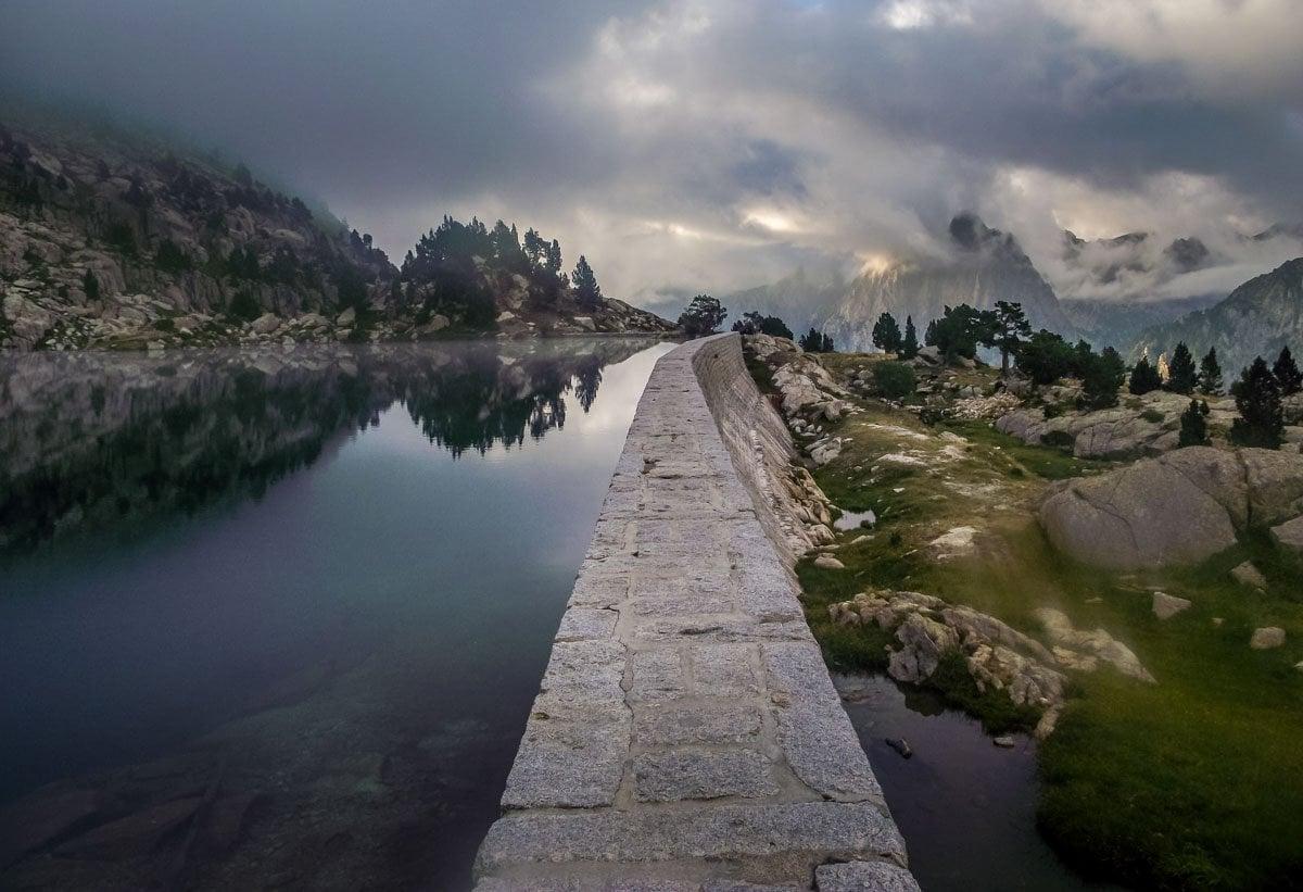 Catalunya-8 Walking in Aigüestortes i Estany de Sant Maurici National Park