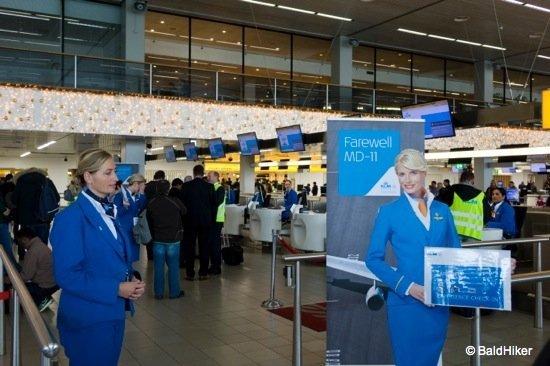 DSC00021- KLM MD-11