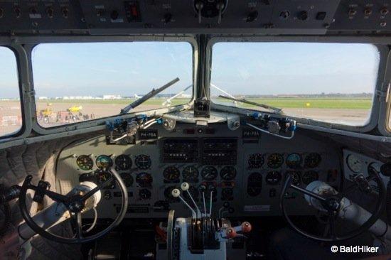 DSC00143- KLM MD-11