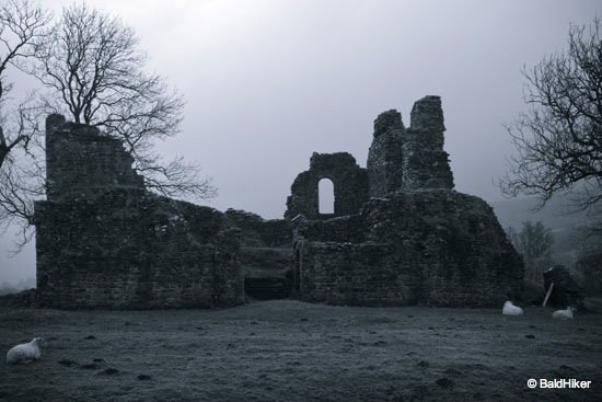 Pendragon Castle - Romantic ruin of Mallerstang