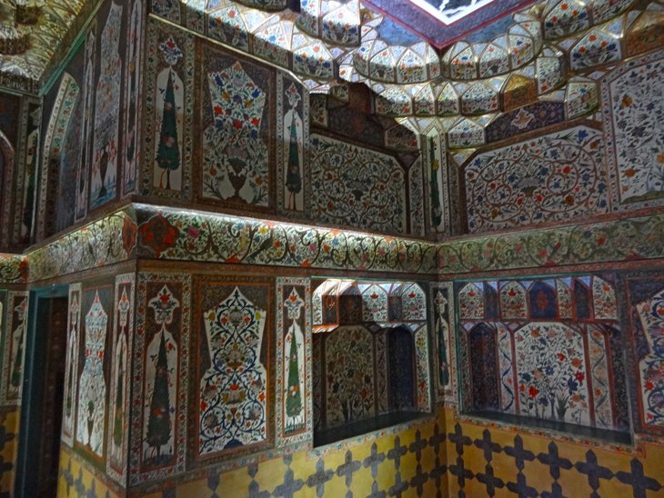 DSC03729 Azerbaijan   Sheki Kahns Palace