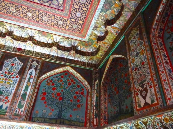 DSC03737 Azerbaijan   Sheki Kahns Palace