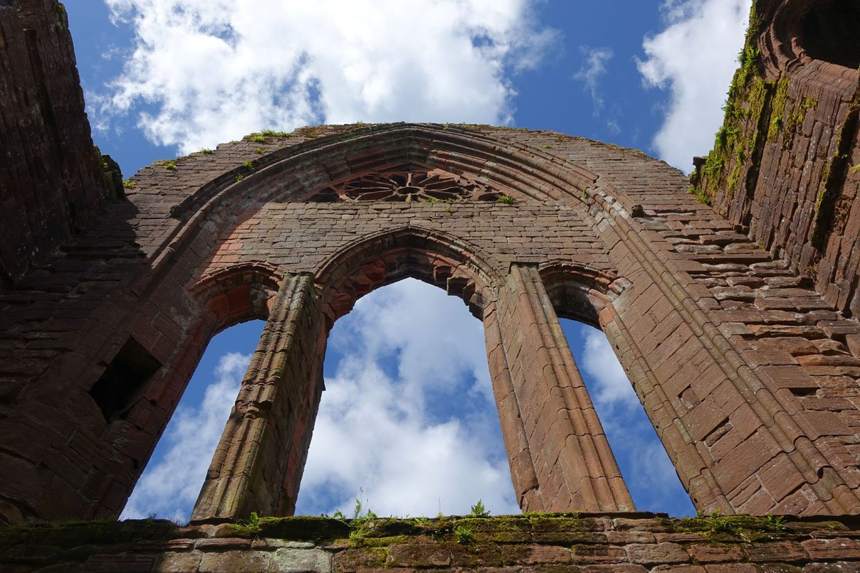 DSC05420 Sweetheart Abbey – Built in memory of true love