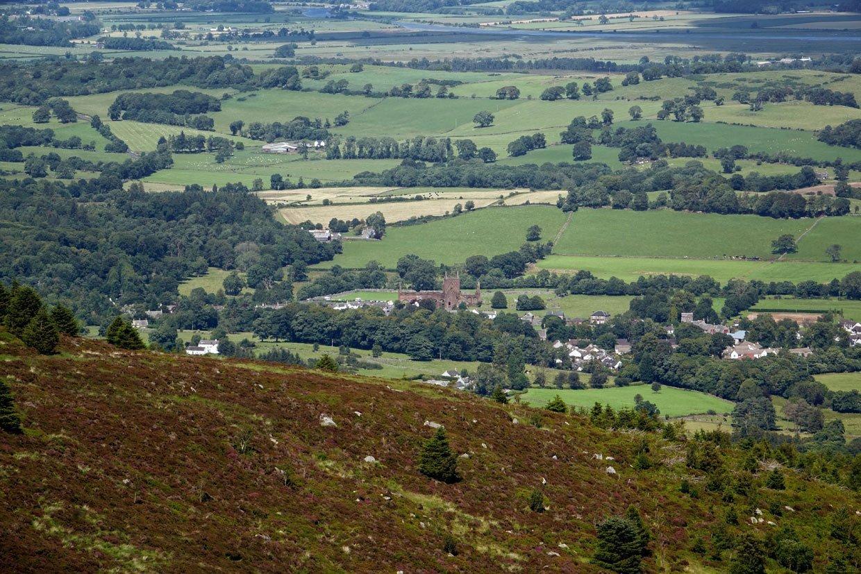 DSC05486 Climb Criffel to views over four lands