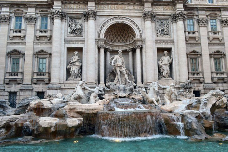Rome – Passing By The Trevi Fountain 1