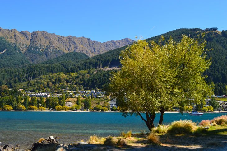 DSC_0381_01 Queenstown – Calm Beauty Behind The Adventure