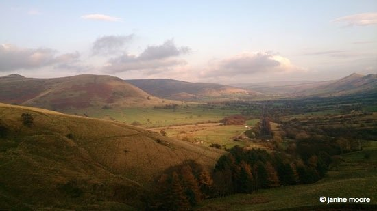Dark Hills and Green Dales – An Edale walk 1