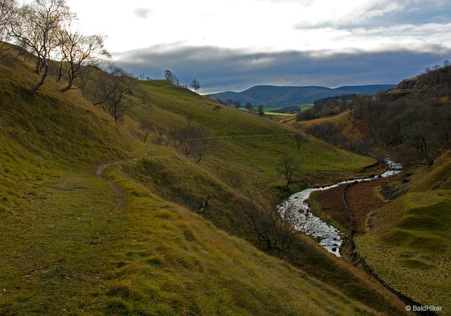 A walk from Smardale - a viaduct, a gill and natural beauty