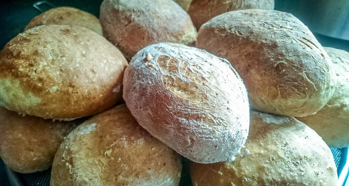 Soft Breakfast Bread Rolls – Simply Delicious