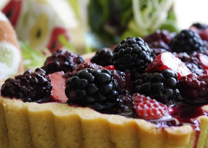 A California Farmers' Market Summer Berry Tart