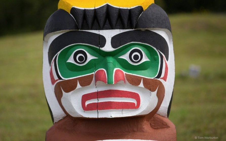 first nations of canada and totem poles