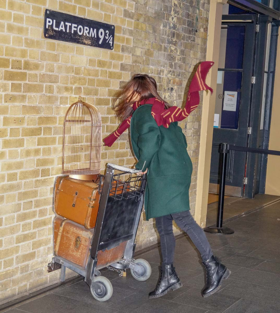 Harry-potter-2 King's Cross Station – Entry to the Hogwarts Express