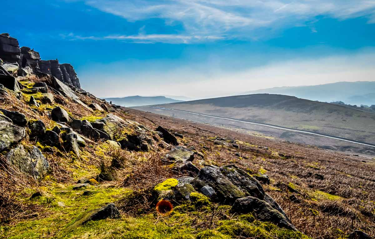 Heading-up Stanage Edge and Robin Hoods Cave – A Stroll in the Peak District
