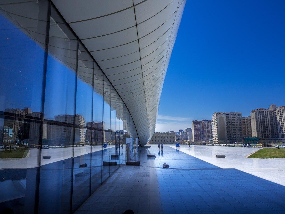 Heydar-Aliyev-Center-baku-1 Azerbaijan - The Heydar Aliyev Centre of Baku