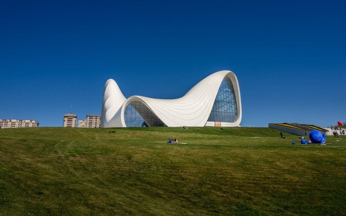 Heydar-Aliyev-Center-baku-13 Azerbaijan - The Heydar Aliyev Centre of Baku