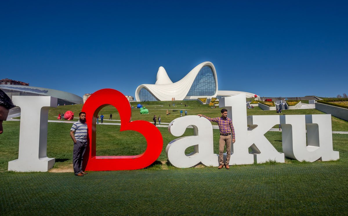 Heydar-Aliyev-Center-baku-14 Azerbaijan - The Heydar Aliyev Centre of Baku