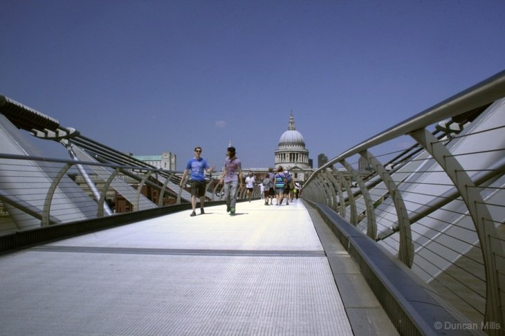 walking across millenium bridge