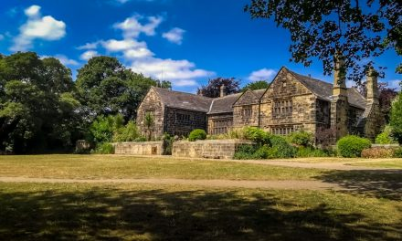 Oakwell Hall, Kirklees – Exploring The Parkland