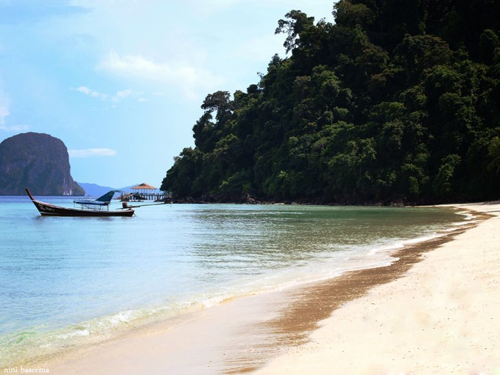 Koh Nai2 Island Hopping In The Andaman Sea In Thailand