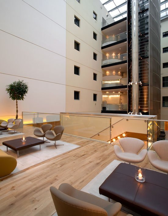 LONGE_P157_Upperdeck1_43963 Great Luxury and Location – Andaz Liverpool Street, London