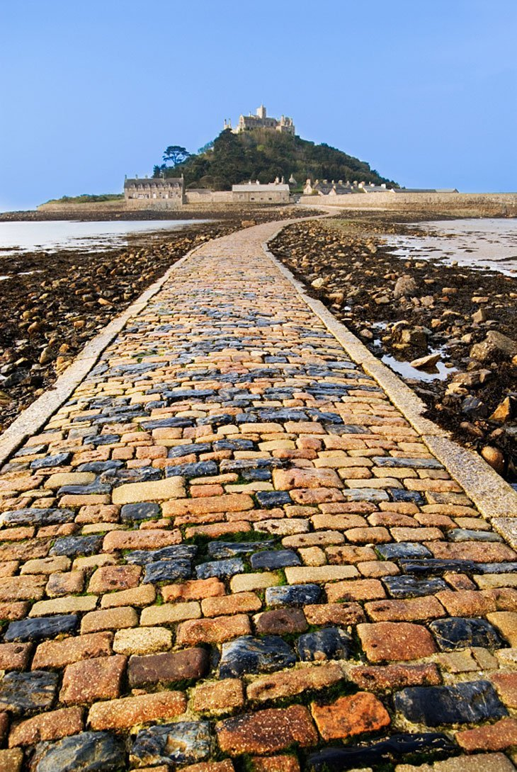 MichaelsMount Walking To The British Isles