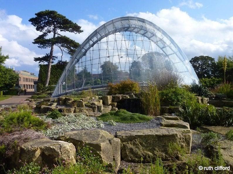 Kew, a London Oasis