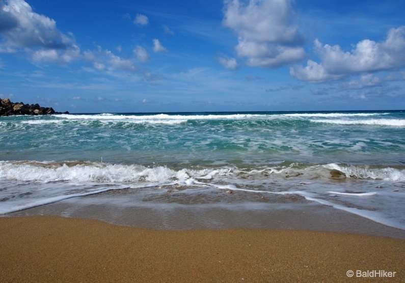 P3250257-beach Malta: Golden Bay Beach