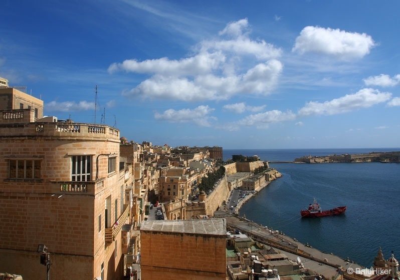 Malta - The Upper Barrakka Gardens of Valletta