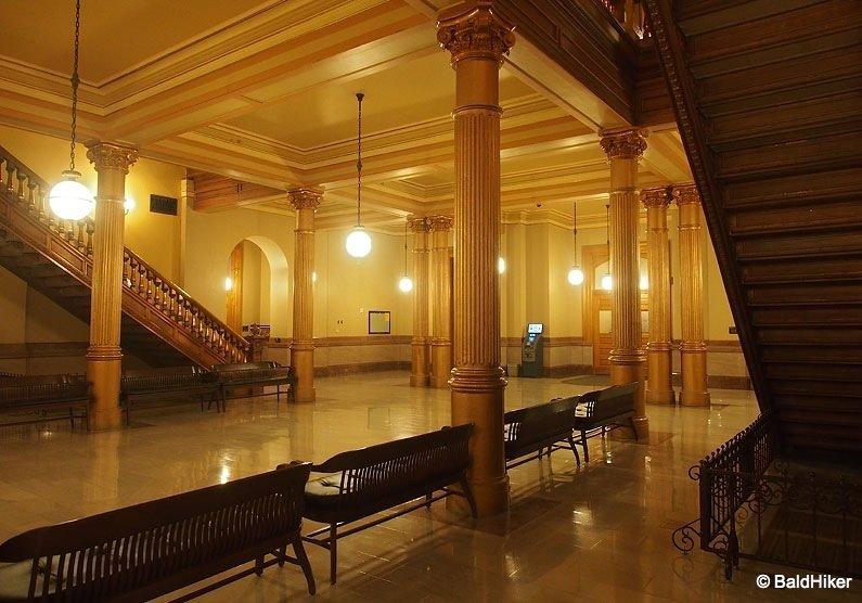 P5170306 Topeka: Kansas State Capitol Building