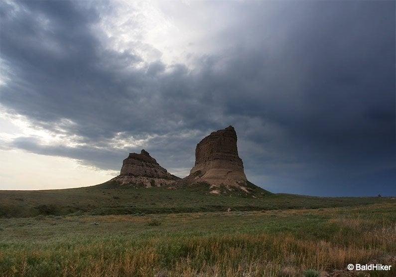 P5190690 Nebraska: Courthouse and Jail Rocks
