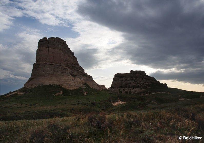 P5190695 Nebraska: Courthouse and Jail Rocks