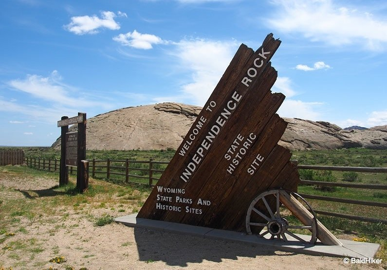 Independence Rock entry sign