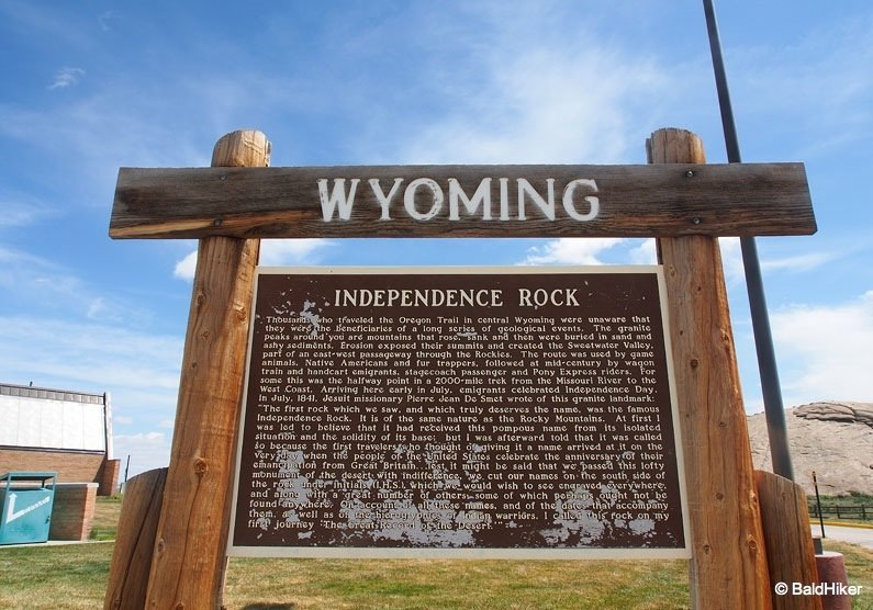 Wyoming: Independence Rock visitor sign