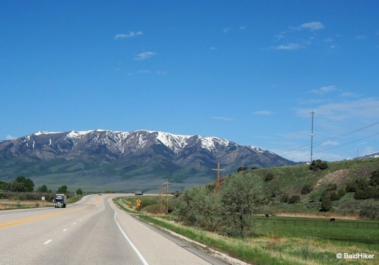 The Oregon Trail – Views down the road