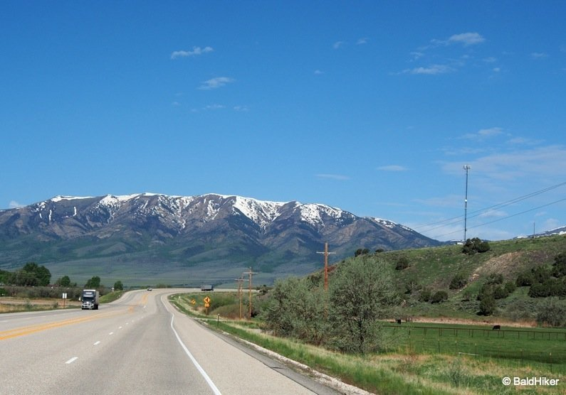 The Oregon Trail – Views down the road 1
